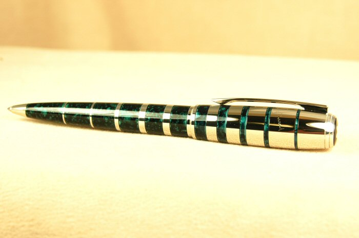 Pre-Owned Pens: 0701: Mont Blanc: Writers Series--George Bernard Shaw