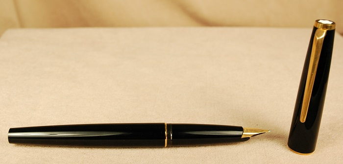 Pre-Owned Pens: 0833: Mont Blanc: Generations