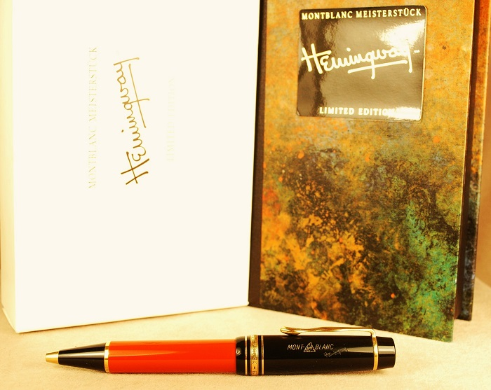 Pre-Owned Pens: 1434: Mont Blanc: Hemingway Limited Edition