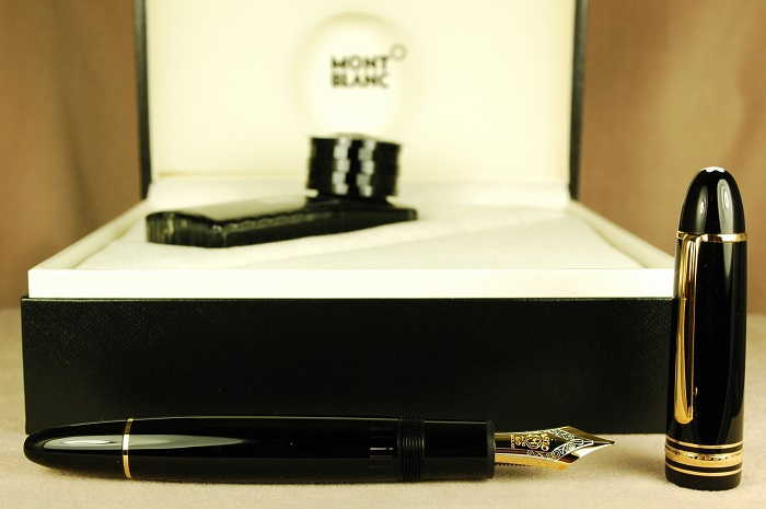 Pre-Owned Pens: 1487: Mont Blanc: 149