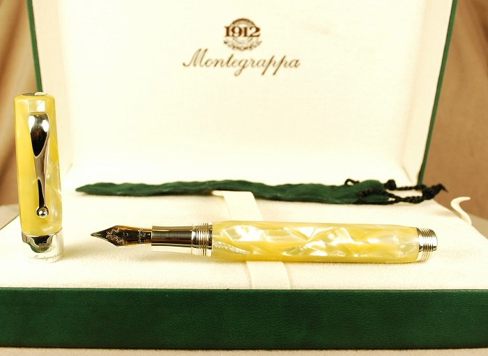 Pre-Owned Pens: 1682: Montegrappa: Symphony