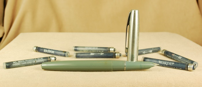 Vintage Pens: 1782: Wearever: Fountain Pen