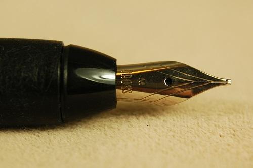 Pre-Owned Pens: 1888: Cross: Matrix