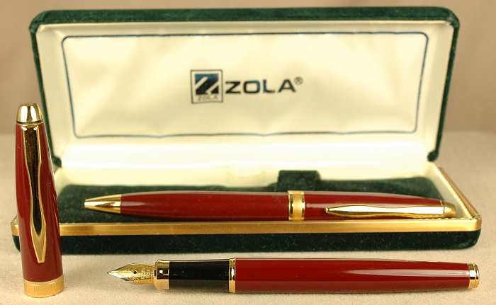 Pre-Owned Pens: 1922: Zola: Fountain Pen Set
