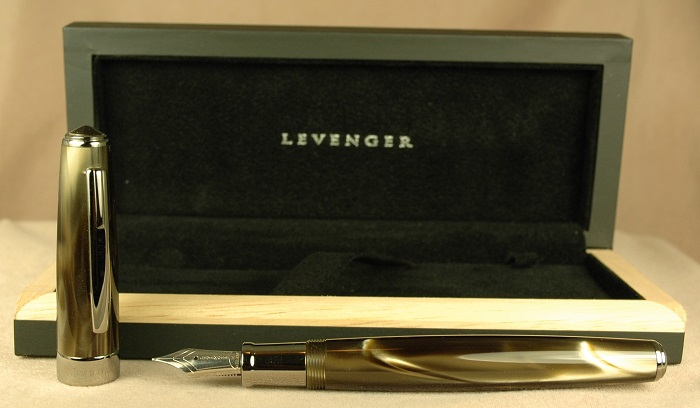 Pre-Owned Pens: 1945: Levenger: True Writer Select