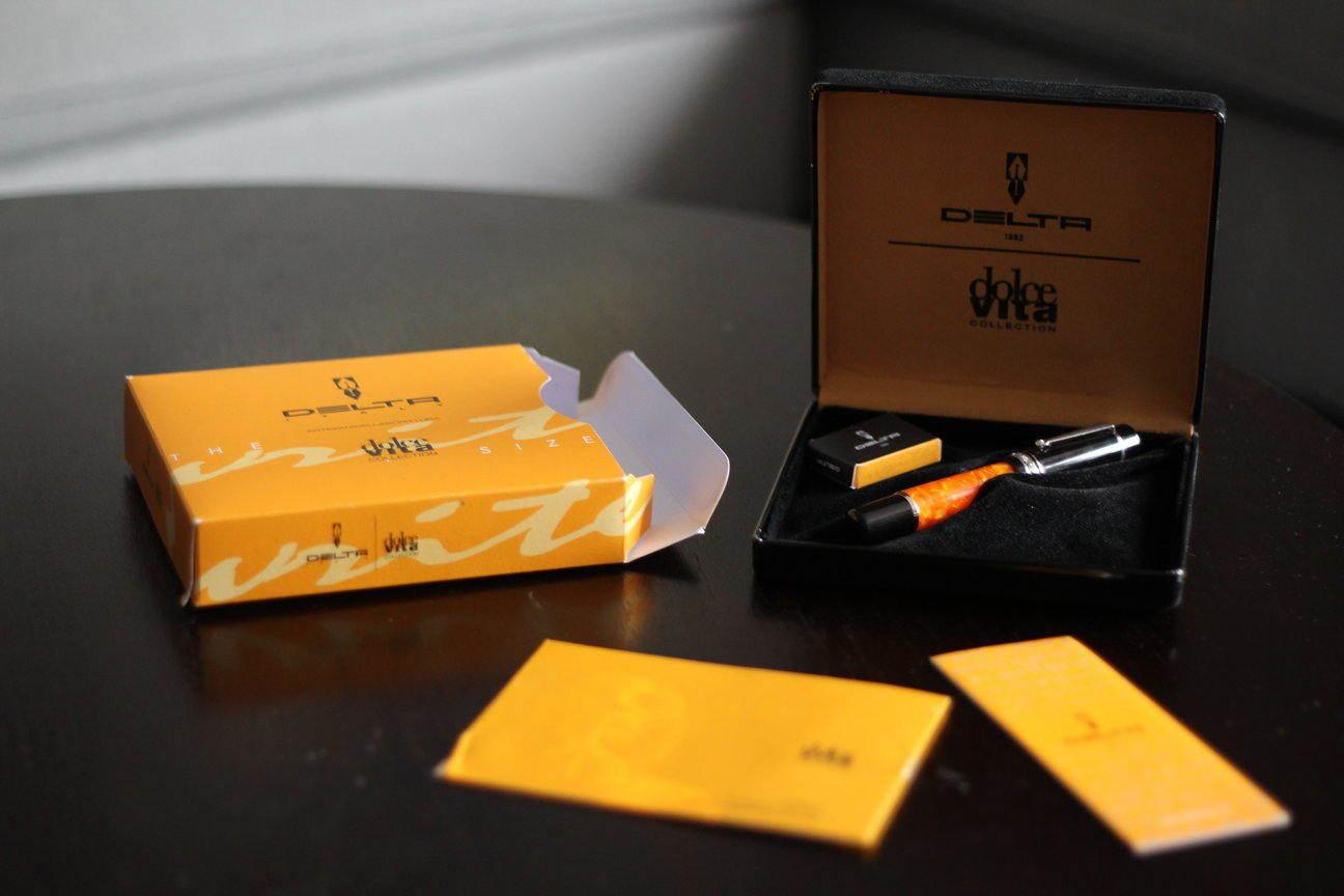 Pens and Pencils: : Delta: Dolce Vita