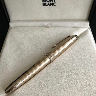 Pre-Owned Pens: : Mont Blanc: 18 K Gold Limited Ed. Fountain Pen Meisterstück Solitaire 105990