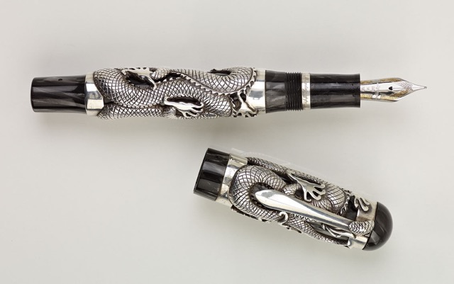 Pre-Owned Pens: : Montegrappa: Dragon