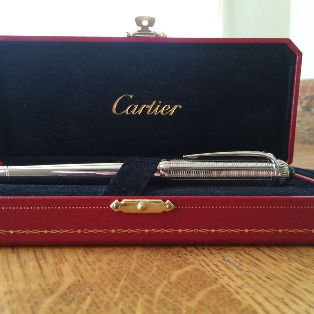 Pre-Owned Pens: : Cartier: Roadster De Cartier Palladium w/Blue Capochon