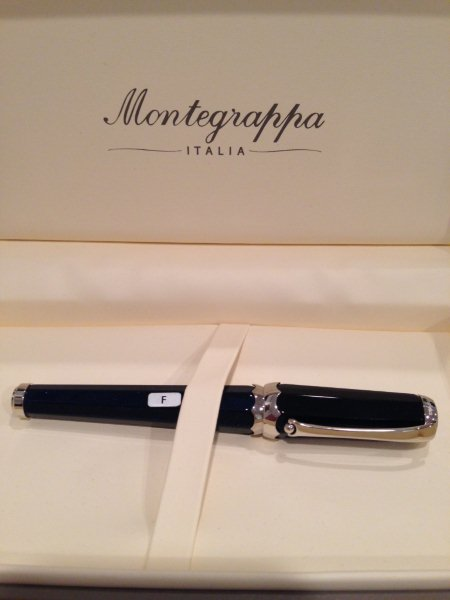 Pre-Owned Pens: : Montegrappa: Piccola