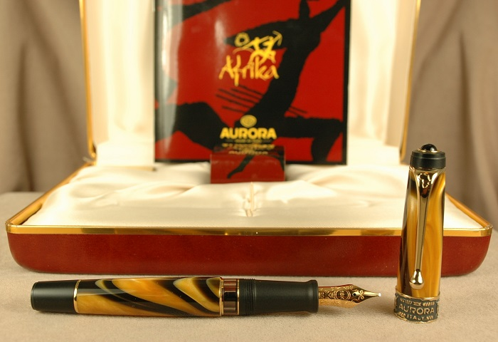 Pre-Owned Pens: 2223: Aurora: Afrika Limited Edition