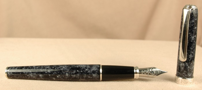 Pre-Owned Pens: 2331: Diplomat: Classic Collection