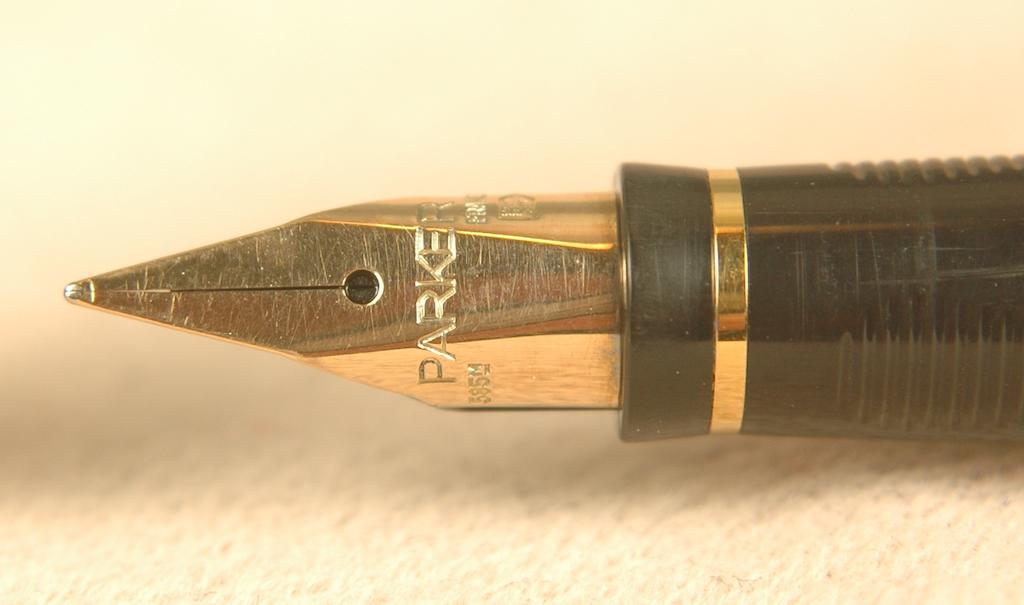 Vintage Pens: 2621: Parker: 75