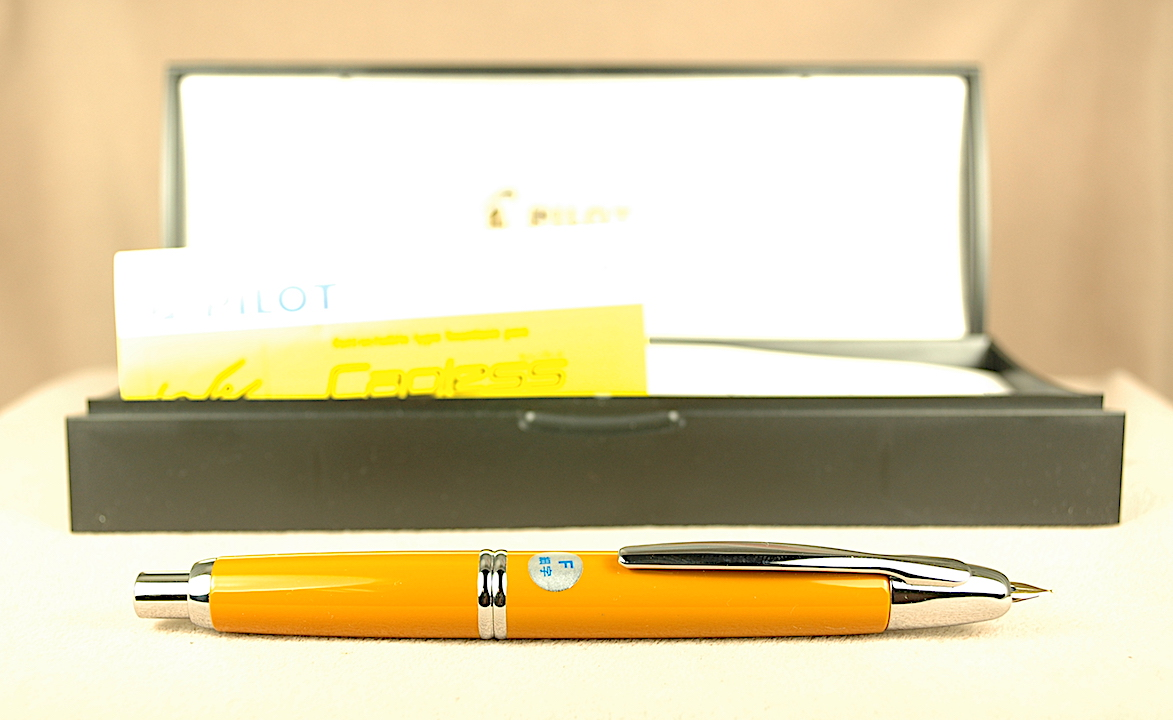 Pre-Owned Pens: 2650: Namiki Pilot: Vanishing Point