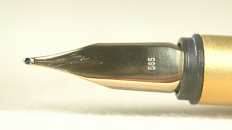 Pre-Owned Pens: 2945: Mont Blanc: Noblesse