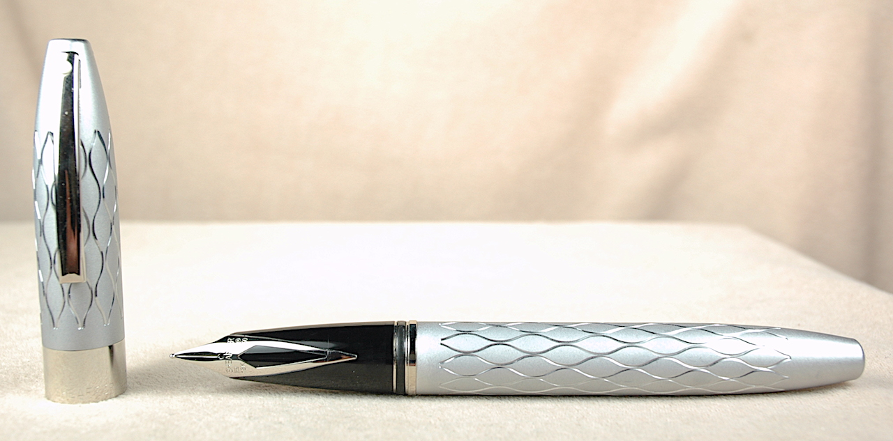 Pre-Owned Pens: 3548: Sheaffer: Legacy Emperor's Silver