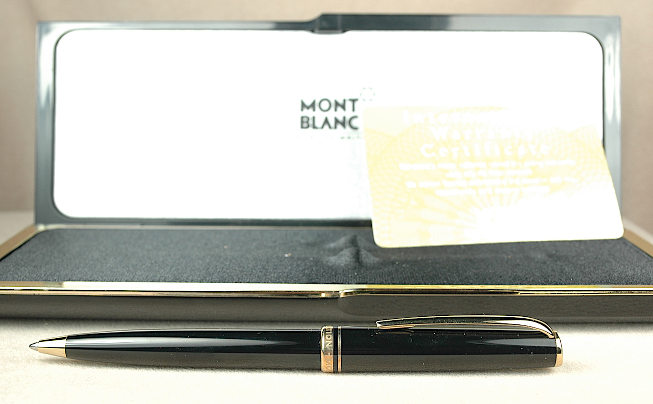 Pre-Owned Pens: 3849: Mont Blanc: Generations
