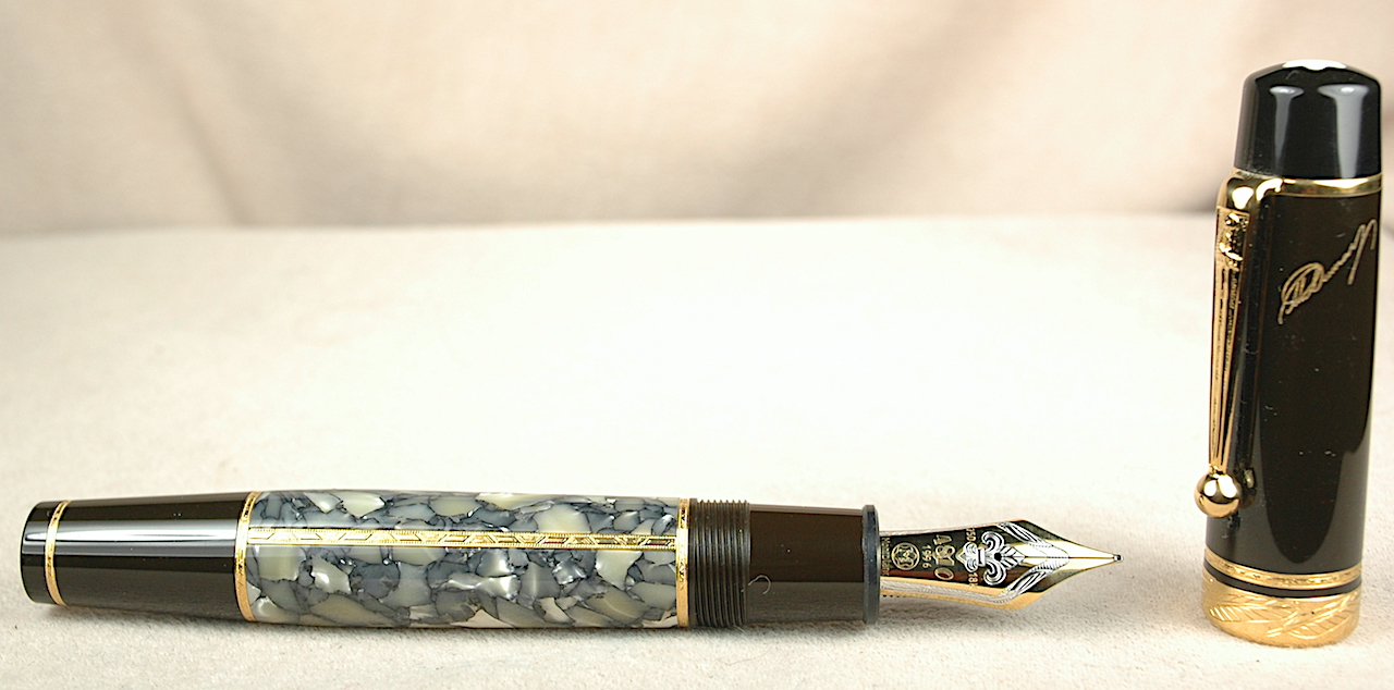 Pre-Owned Pens: 3960: Mont Blanc: Writers Series Alexandre Dumas