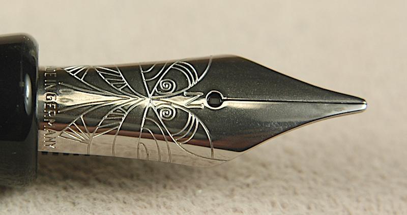 Pre-Owned Pens: 4199: Nemosine: Singularity
