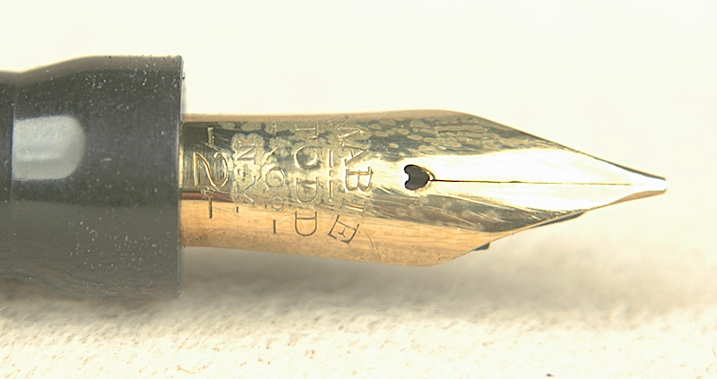 Vintage Pens: 4648: Mabie Todd (Swan): 142/1