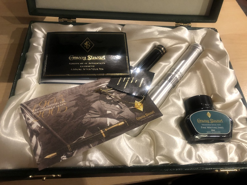 Vintage Pens: : Conway Stewart: Churchill Set - Steinway & Sons limited edition