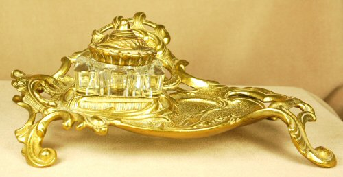 Inkwells and Blotters: IB0029: Unknown: Brass Inkwell