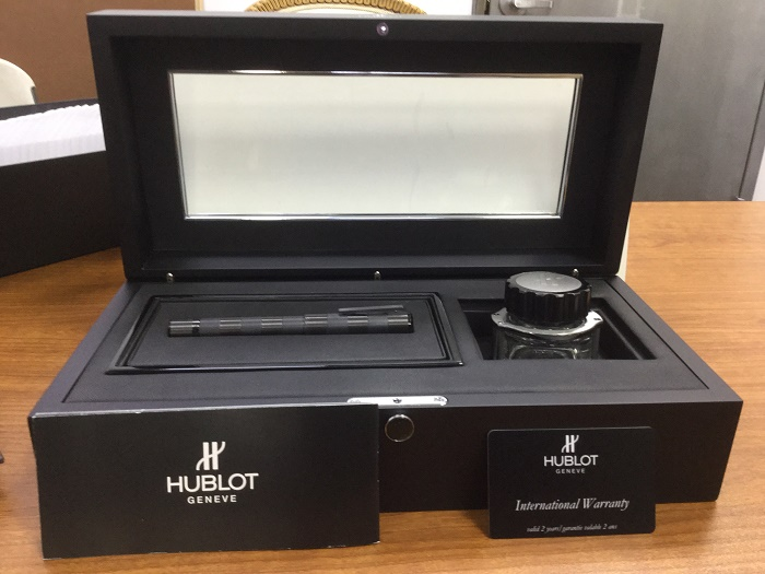 Pre-Owned Pens: : Hublot: SP.01.CX.CI.KIT