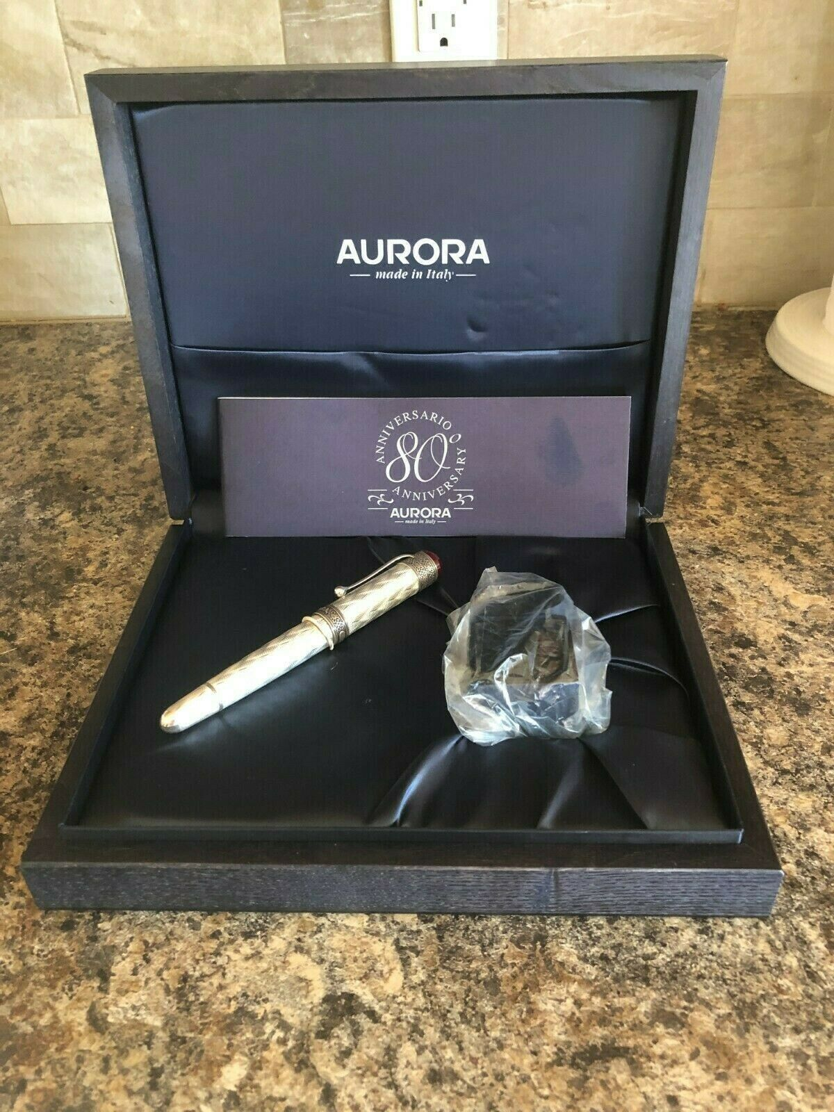 Pre-Owned Pens: : Aurora: AURORA 80TH ANNIVERSARY STERLING SILVER FOUNTAIN PEN MED NIB