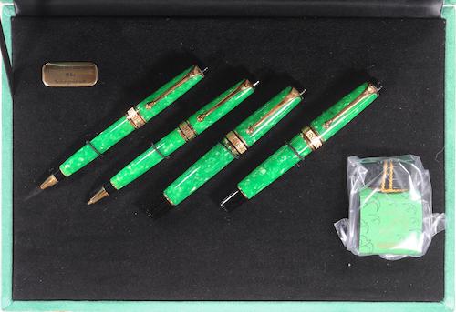Pens and Pencils: : Aurora: Primavera