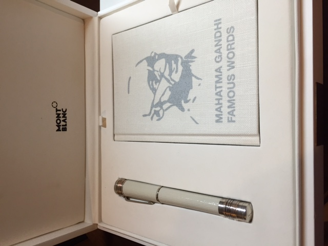 Pre-Owned Pens: : Mont Blanc: MAHATMA GANDHI