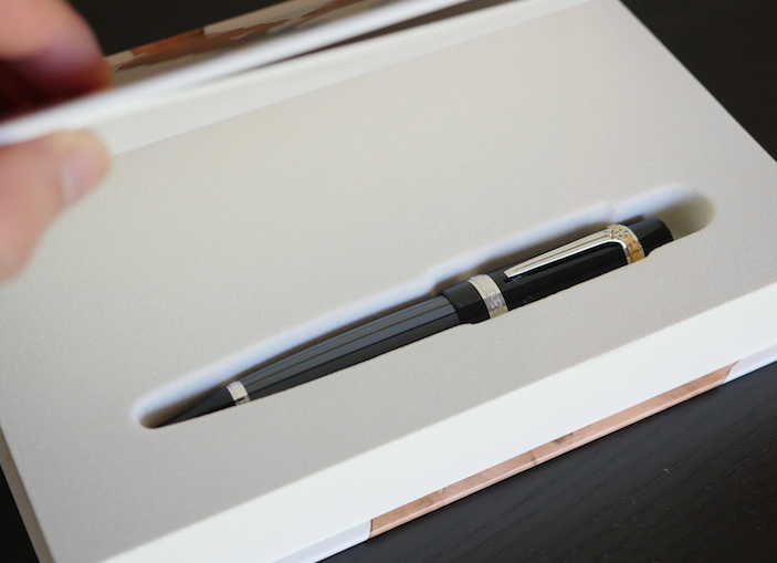 Pre-Owned Pens: : Mont Blanc: Limited Edition Honoré de Balzac Ballpoint Pen.