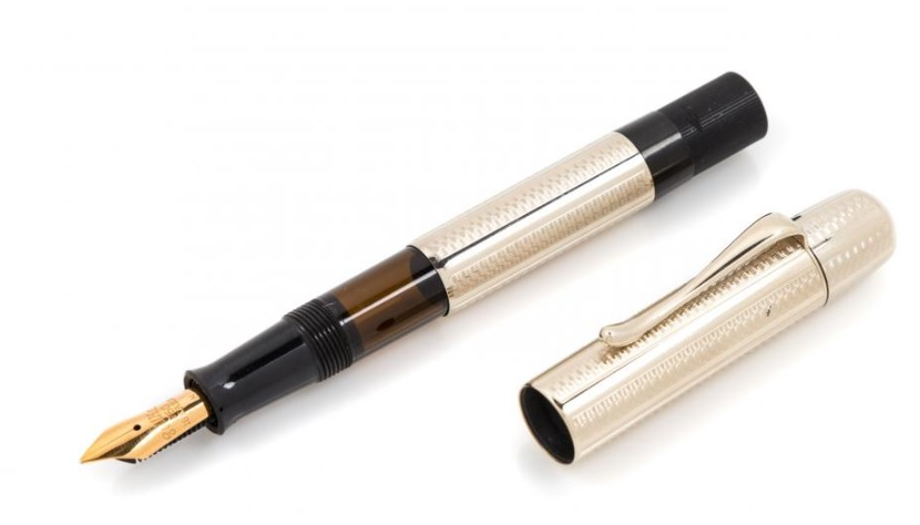 Pens and Pencils: : Pelikan: Rare 1931 Commerative Limited Edition