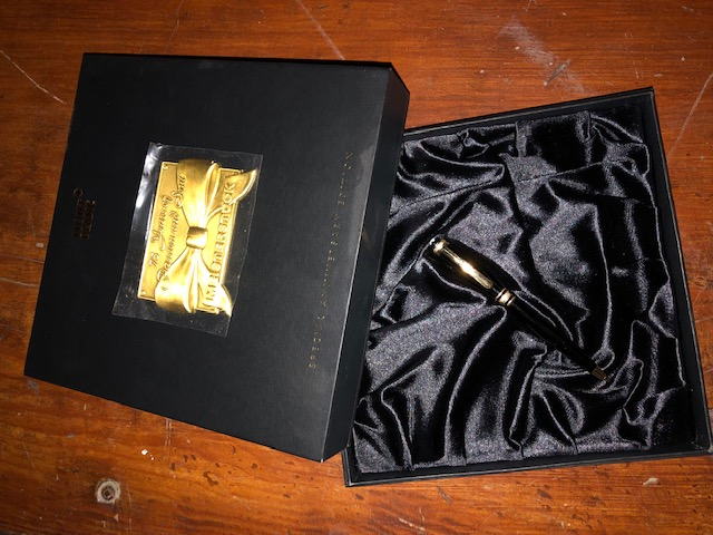Pre-Owned Pens: : Mont Blanc: Mozart
