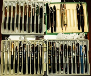 Here are three trays of new fountain pens for this website. Most of them are already fully restored!